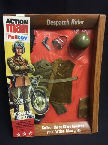 VINTAGE ACTION MAN - DESPATCH RIDER - CARDED UNIFORM (Ref 13/7)